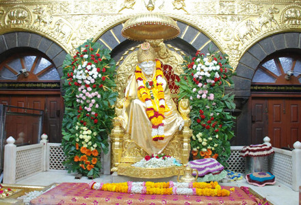 Chennai Shirdi tour package by flight